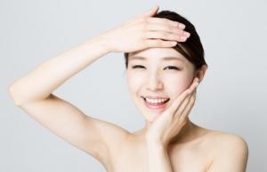 コラーゲンにより、美容効果を感じている女性